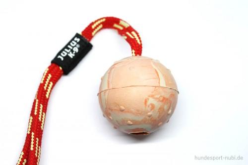 Ball aus Naturkautschuk mit Griff von Julius K9 - Hundespielzeug günstig kaufen